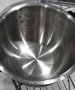 ピカピカになったホットクックの内鍋