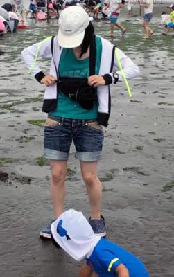 潮干狩りママコーデ