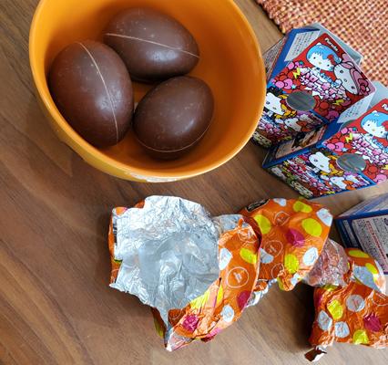 ハローキティのチョコエッグ